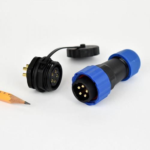 Csatlakozó 20mm IP68 védettség, 4 pin, 25A